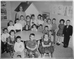 mrs-hunts-kindergarten-256-x-204.jpg